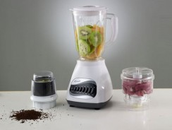 Top 10 Best Blenders For Smoothies 2019 CAN HELP YOU TO BUY.